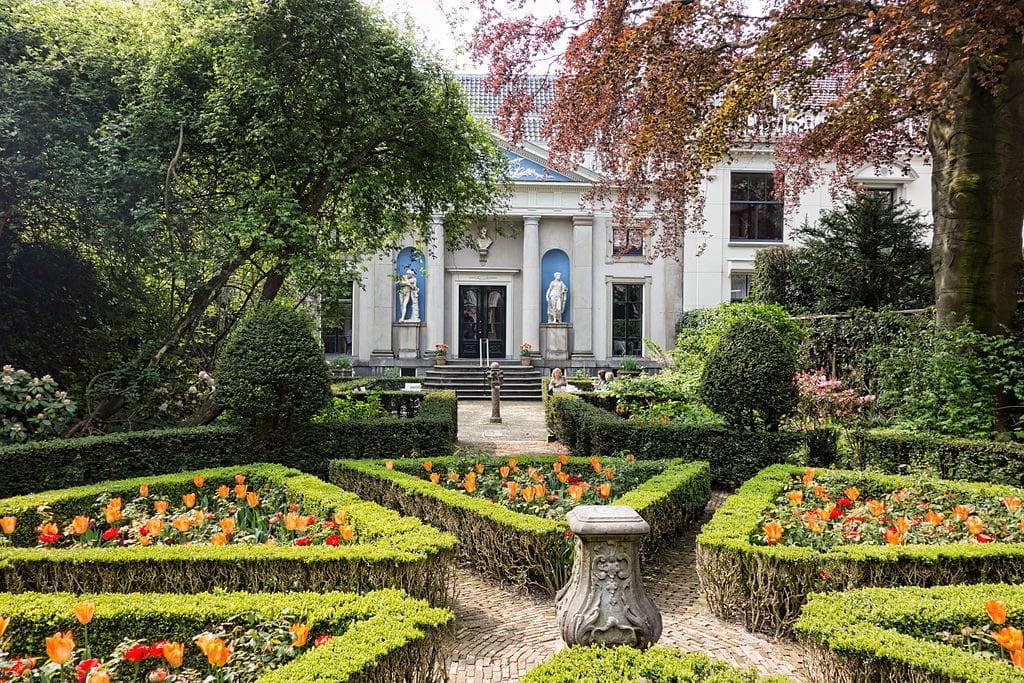 jardin del museo van loon